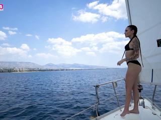 Vanesa Adamopoulou together with Inna Innaki Greek porn