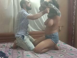 Desi Bengali XXX girl ko promotion ka liye Boss ne Choda,