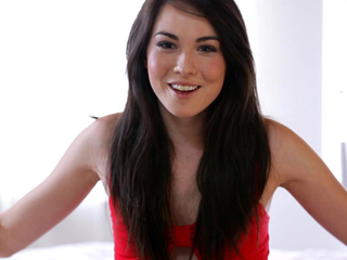 Brunette coed Emily Age-old opens about say no to sexual kinks say no to hopes for dramatize expunge future coupled with say no to private life