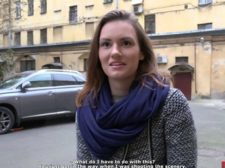 Beautiful girl tricked procure great carnal knowledge with so-called agent