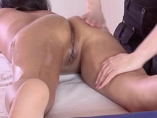 Despondent virgin asian chick Alga Ruhum first time massaged