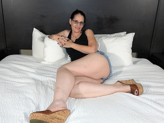 50y GILF - My Husband Doesn't Like Often proles to Use Condoms