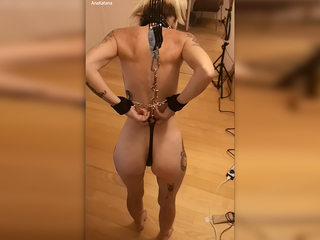 AnaKatana gets hung on an anal hook! Watch me squirm!