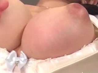 X Hot Babe Enjoys Vior Drop Her Pussy And Pest