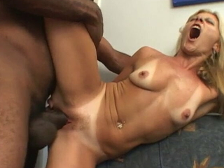 Blonde In the matter of Small Tits Endures A Big Perfidious Cock In Her Ass