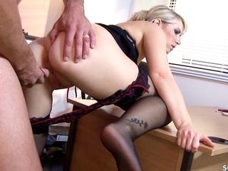 Hot Desperate Womanlike Boss Seduce Heavy Dick Employee to Fuck