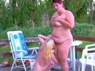 Bi ladies outdoors