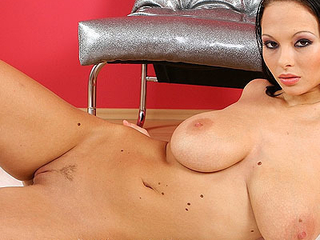 busty stepsister approachable for titjob
