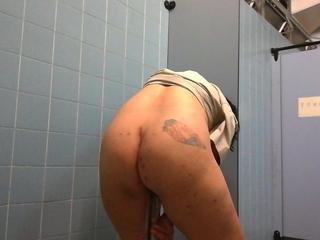 Hong Kong Bobo in WC bottle wraparound