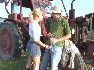 Farmers Daughter Fuck Outdoor Anal hard by White Zooid Cock Baffle