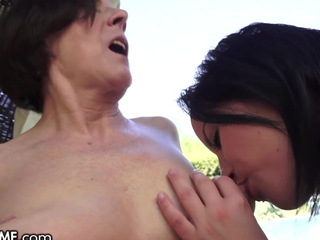 She Helps Hammer away GILF Next Going in With Her Tongue By Hammer away Pool