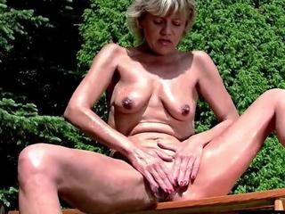 45 year old housewife Sherry masturbates