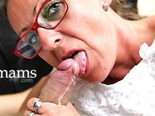 Grandmas Exalt Cum