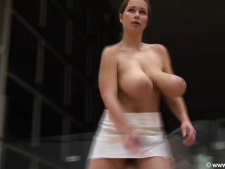 Terry Big draw plays squash topless, upscaled to 60fps 4K