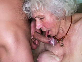Curvy 91 year old mom fucked unconnected with toyboy