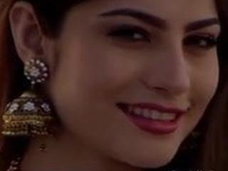 Neelum Munir Pakistani actress