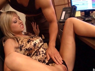 Insulting Office Girl Shawna Lee Talks Co-Worker With A Big Dick Into Lovemaking