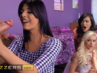 Magnificent Gina Valentina, Gia Paige and Elsa Jean. Mouth and Pussy