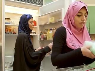 Ella Knox In Dirty Family Carnal knowledge In Dubai