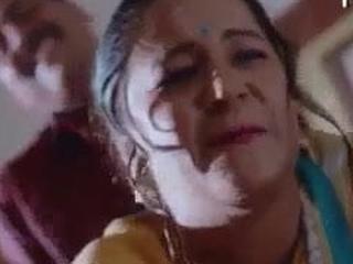 Bhabhi gets banged stranger behind